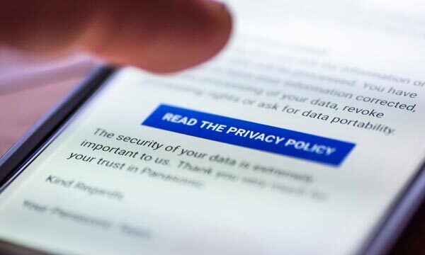 Privacy policy on a mobile device